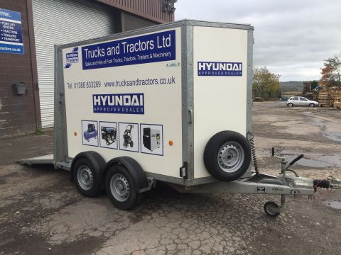 Box Van Trailer Hire with Ramp back door