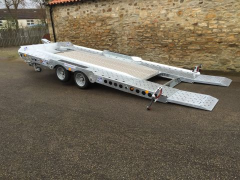 Car Transporter for Hire (TT111) - Ifor Williams CT177