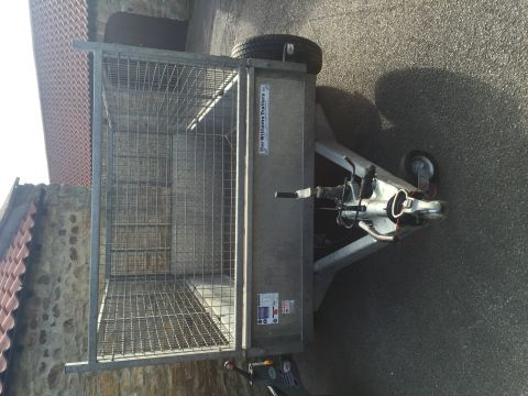 Ifor Williams GD85 Trailer with mesh side kit